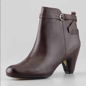 Sam Edelman Maddox brown leather side zip bootie